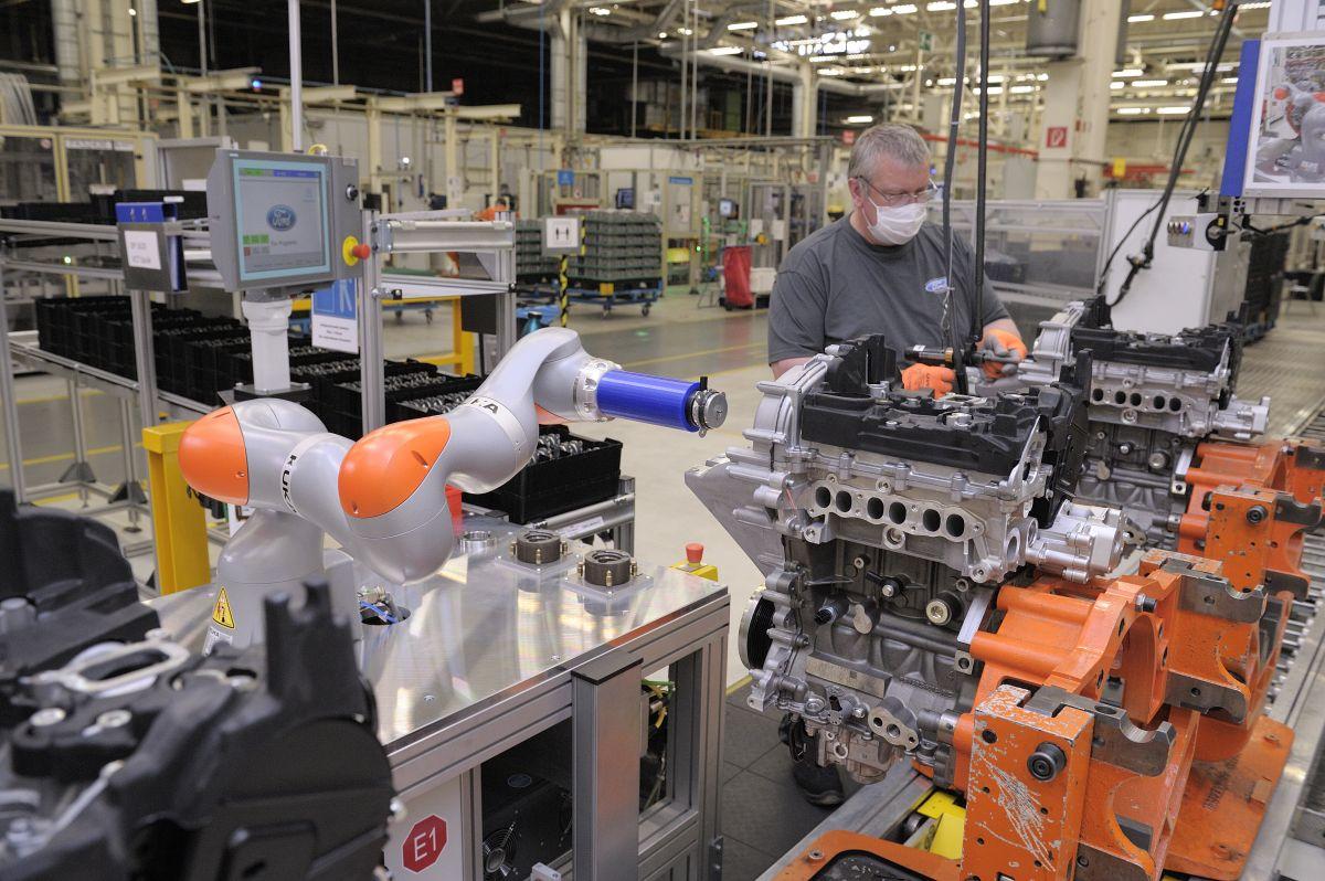 Kollaborierender Roboter bei Ford