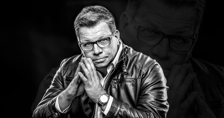 Harry Flint ist Inhaber der Düsseldorfer Agentur link instinct, TV-Macher, Moderator und Mentor für digitale Kommunikation